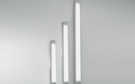 ARTEMIDE | 2.5 SQUARE STRIP WALL LAMP