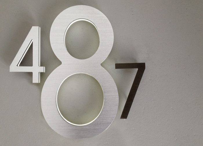 Luxello Modern 8 Backlit LED House Numbers surroundingcom