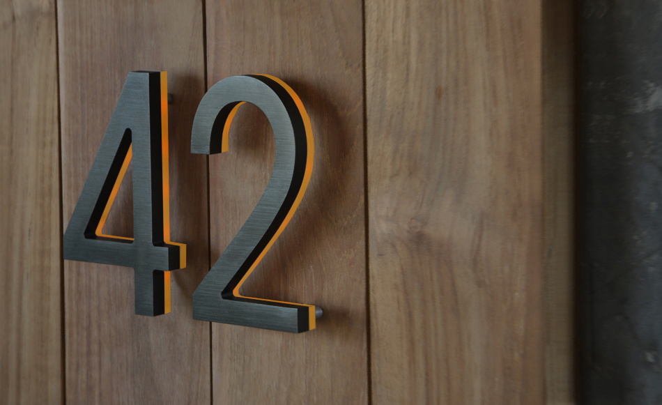 Luxello modern bronze house numbers illuminated Led house numbers