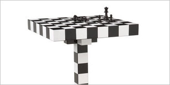 MODERN CLASSICS | CHESS TABLE