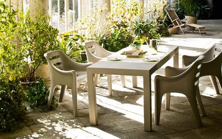 Serralunga furniture russel outdoor armchair for Serralunga furniture