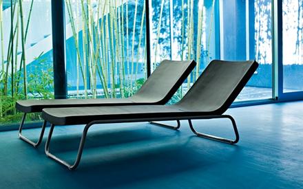 Serralunga furniture time out chaise lounge for Serralunga furniture