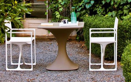 Serralunga furniture la regista outdoor armchair for Serralunga furniture