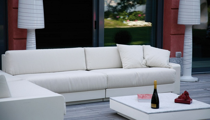 Serralunga furniture one outdoor sofa with two seat for Serralunga furniture