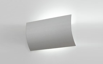 ARTEMIDE | ALENA SHIELDED WALL LAMP