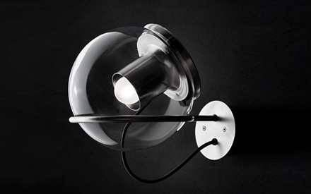 OLUCE | THE GLOBE WALL LAMP