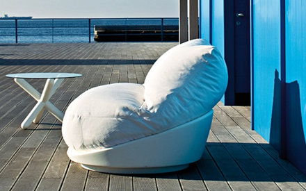 SERRALUNGA FURNITURE | HUG OUTDOOR SOFA