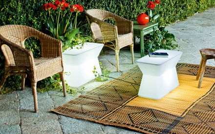 SERRALUNGA FURNITURE | PALENQUERA OUTDOOR TABLE WITH LIGHT